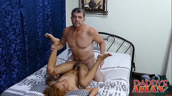 Hairy mature daddy drills Asian twink Nishe up the ass